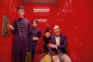 still-of-ralph-fiennes,-tilda-swinton,-tony-revolori-and-paul-schlase-in-the-grand-budapest-hotel-(2014)-large-picture